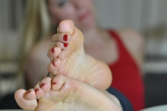 Pretty pictures of feet